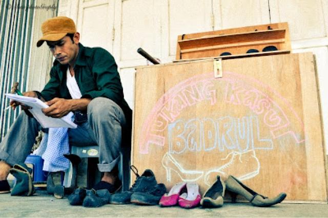 Cinta Si Tukang Kasut (2012)