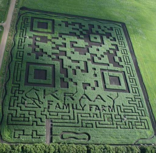 這家農場真的是夠有錢、有閒、有創意,可惜對著這張圖掃不出來結果。