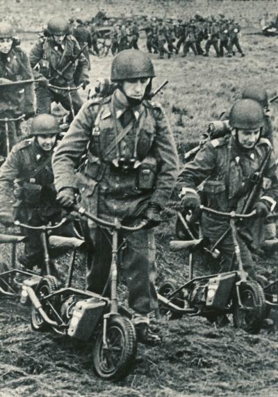 Gambar Motosikal Perang Dunia Kedua