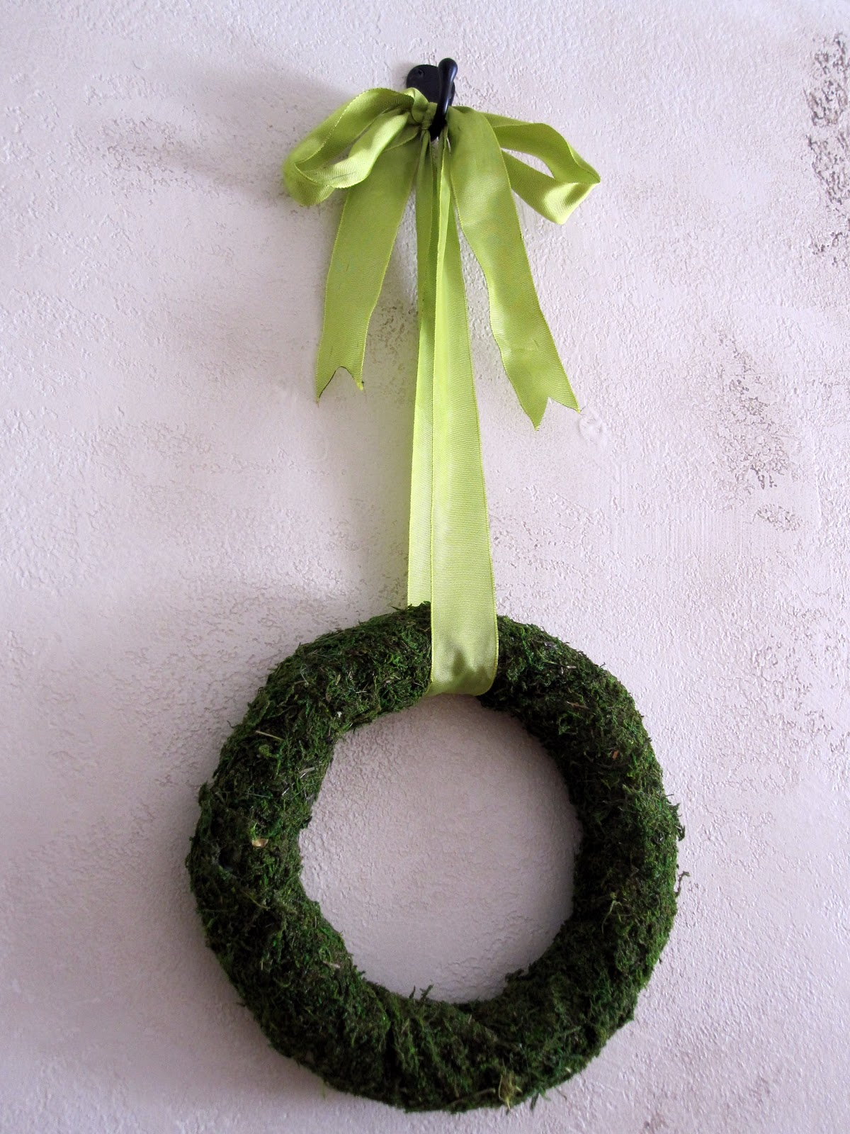 craft ideas with ribbon tutorial moss wreath gun ramblings 3986