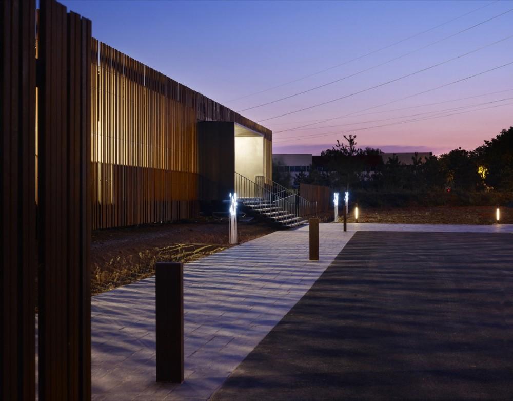 Centre d'Examen du Permis design by a+ Samuel Delmas