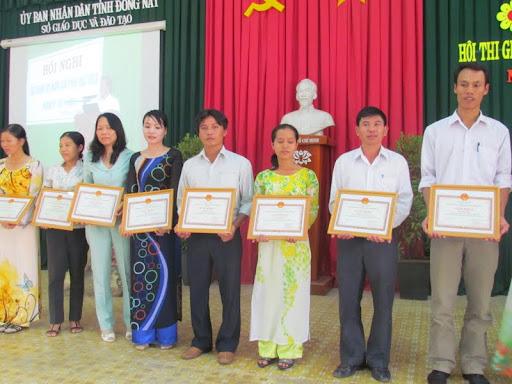 Hội thao giáo viên dạy giỏi cấp tỉnh bậc THCS năm học 2011 - 2012 - IMG_1393.jpg