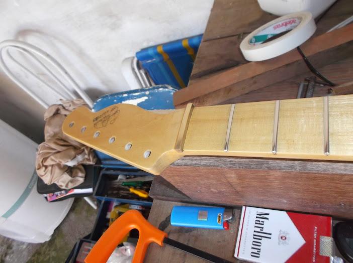 Construção guitarra telecaster, meu 1º projeto bolt on. Finalizado e com vídeo - Página 2 DSCF0047