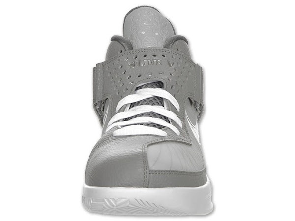 Actual Photos of LeBron Soldier V Basketball Shoe in Cool Grey