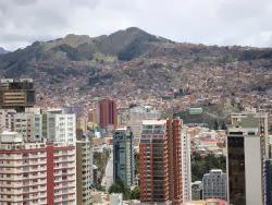 La ciudad de La Paz, desde el Montículo de Sopocachi