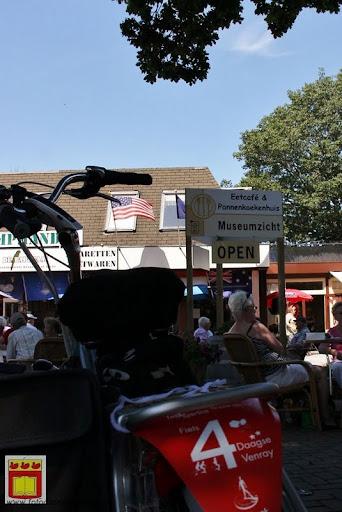 fietsvierdaagse Venray door overloon 24-07-2012 (73).JPG