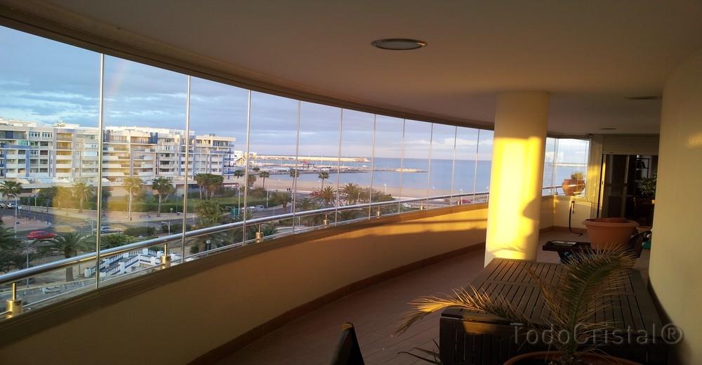 Glasvorhang in Büro