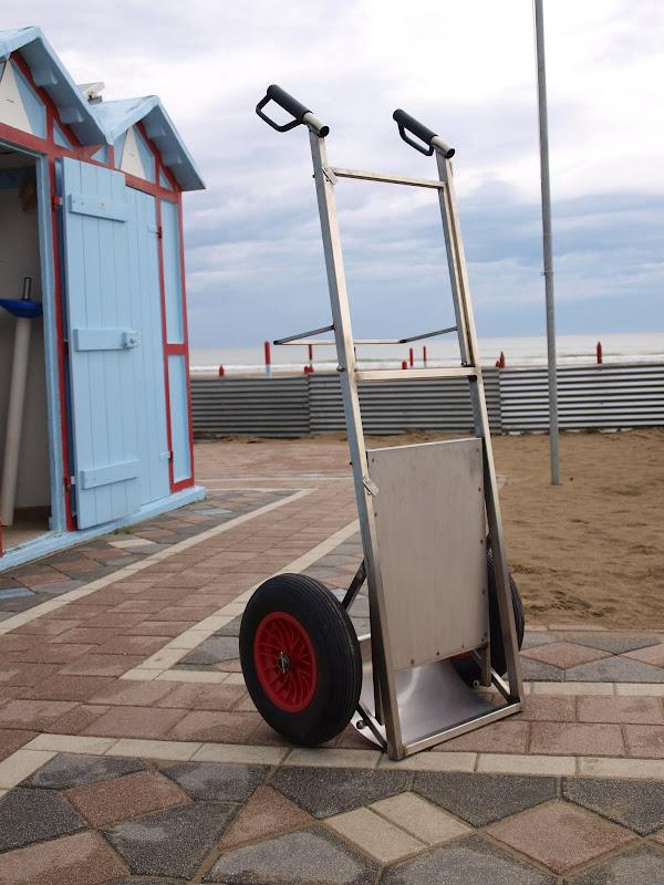 Carrello Sdraio Da Spiaggia.Carrelli In Acciaio Inox Ecospiagge