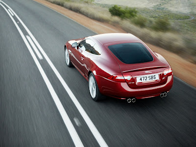 Jaguar-XKR_2012_1600x1200_Rear_Angle