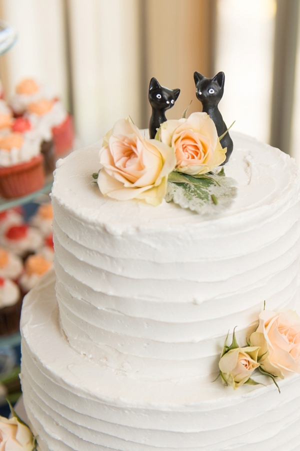 black cat wedding cake topper