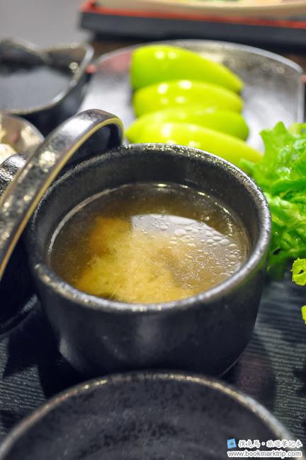 聚的定食昆布海帶味噌湯