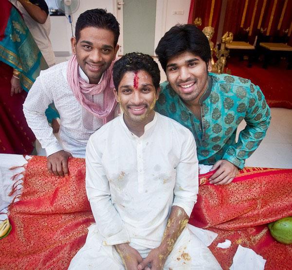 Making Allu Arjun (Bunny) as the Bridegroom - Pelli Koduku Function