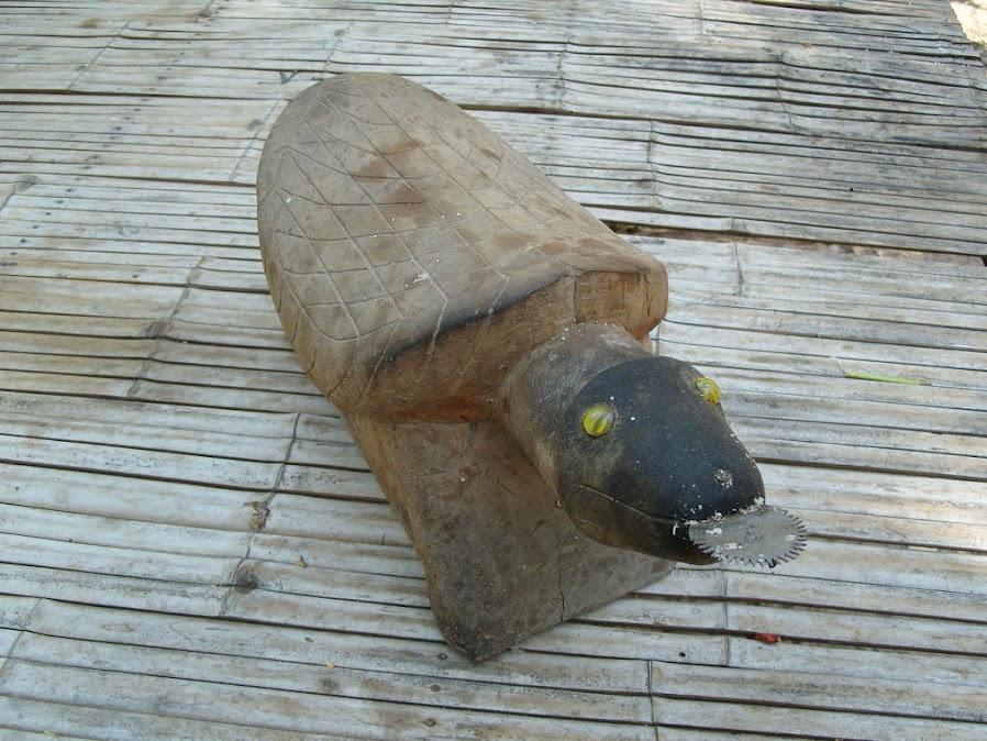 เต่าขูดมะพร้าว Thai-isan Coconut Grater