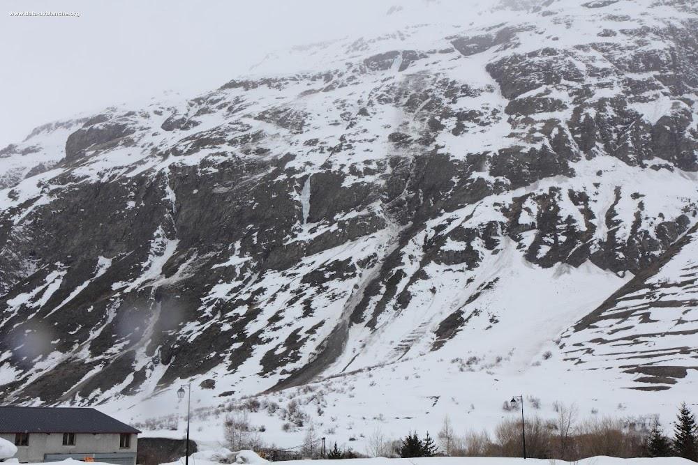 Avalanche Haute Maurienne, secteur Bessans, Pointes du Chatelard ; Revernotte - Photo 1