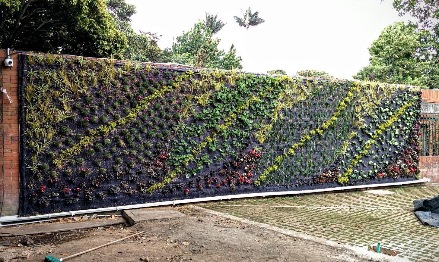 Curso avanzado de jardines verticales en colombia for Instalacion de jardines verticales