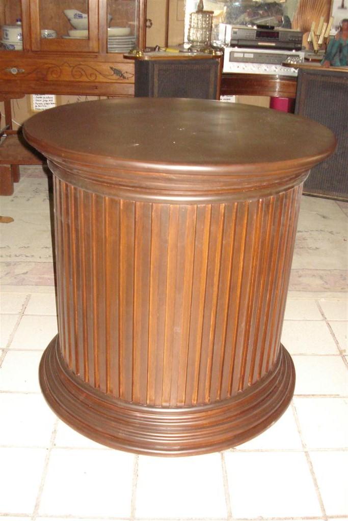 Muebles pader base redonda para mesa for Mesa redonda esquinera