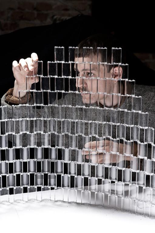 *透明的LEGO大型水晶吊燈:設計師Tobias Tøstesen親手編造! 7