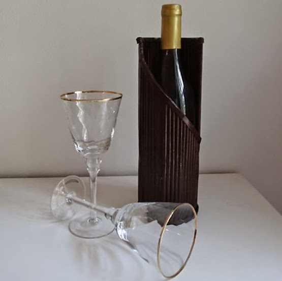 Suporte reciclado para vinho