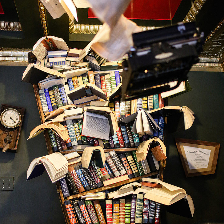 The Last Bookstore (101 Ultimate Los Angeles Bucket List)