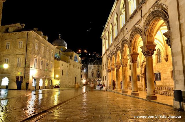 В Дубровнике ночью