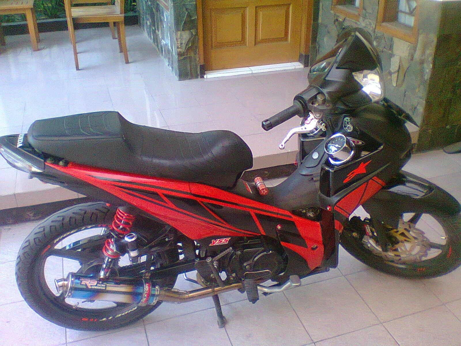 modifikasi warna motor supra fit