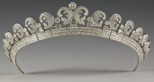 Tiara Thursday The Halo Scroll Tiara