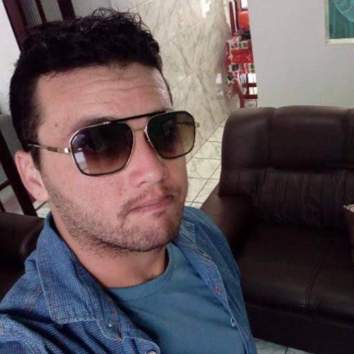 Elias Junior picture