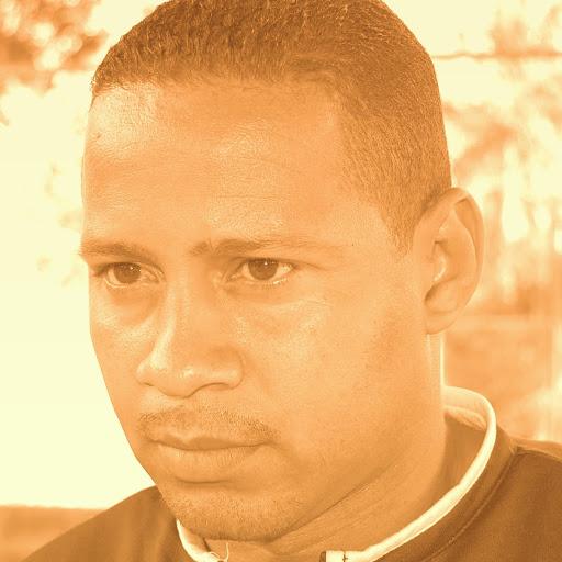 Estanislao Lopez Photo 15
