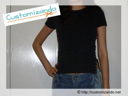 customização de blusinha com ilhós
