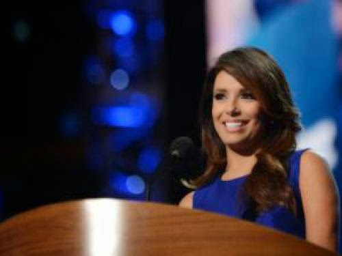 Eva Longoria Signs First Look Development Deal With Universal Television