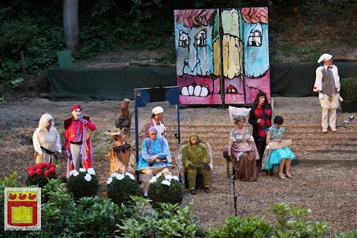 Alice in Wonderland, door Het Overloons Toneel 02-06-2012 (69).JPG