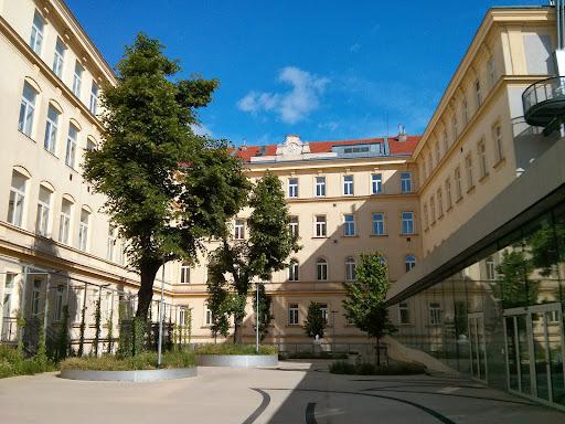 HTL Spengergasse, Spengergasse 20, 1050 Wien-Margareten, Österreich, Hochschule, state Wien