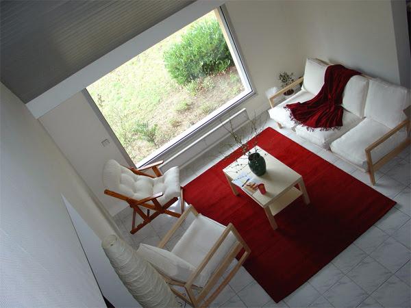 Серый и красный цвет в дизайне интерьера