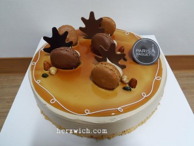 Macaroons Mocha Cake