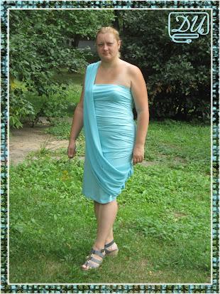 Голубое платье из бурды