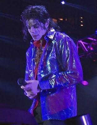 Michael para sempre!! This-is-It-michael-jackson-10938731-473-604