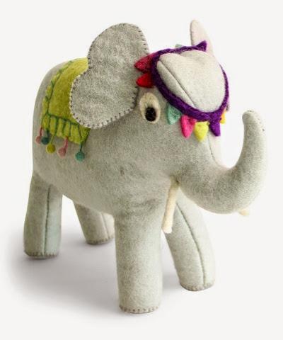 En Gry Sif Circus elephant