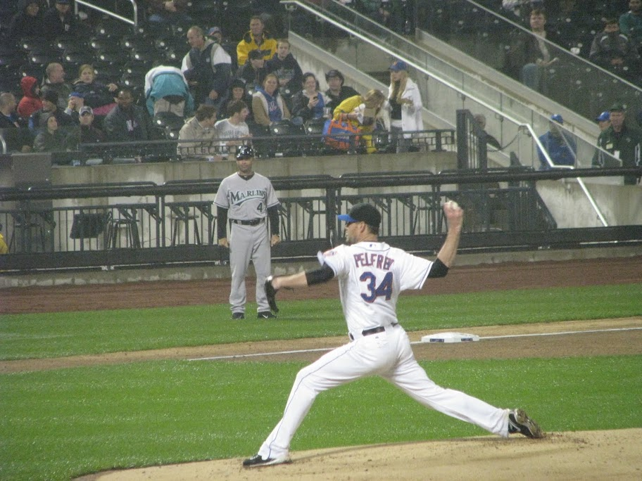 Mike Pelfrey pitches against the Marlins on May 16th, 2011