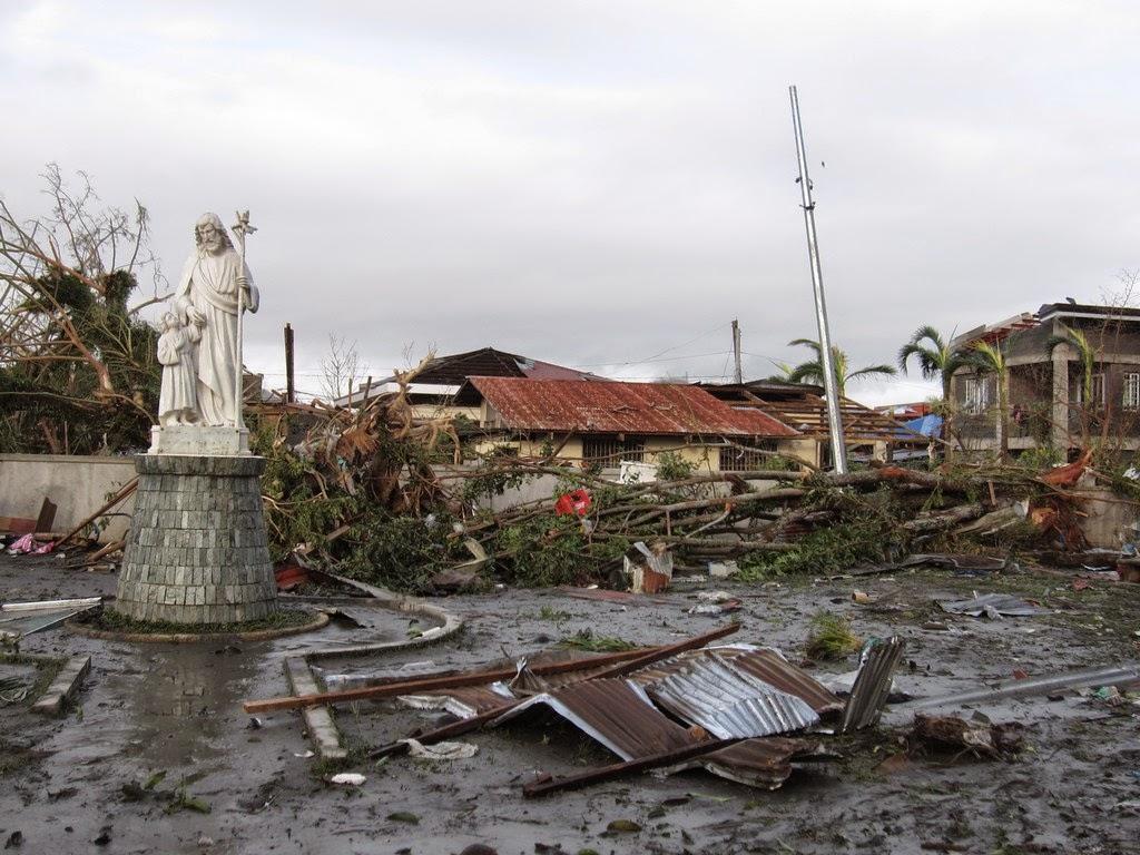 https://lh6.googleusercontent.com/-kDJUNsr_IgQ/VQFDncJVzFI/AAAAAAAAHH8/lzMfOXyMqKk/w1094-h821-no/tacloban-007.jpg