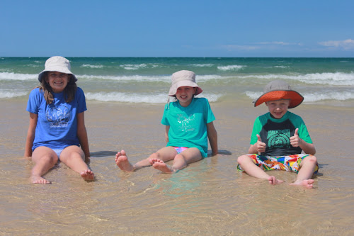 TeamBray kids Woodgate Beach 2012