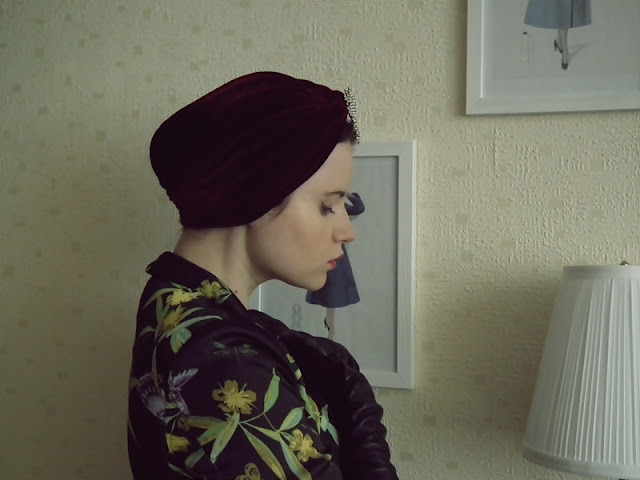 turban w stylu retro