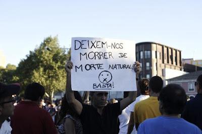 """Melhores cartazes das Manifestações 15-09-2012 """"Que se lixe a troika!"""" (Parte II)"""