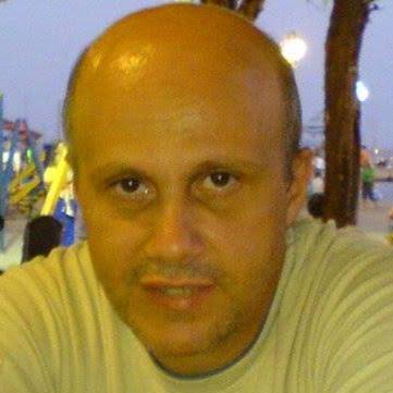 Dinos Dimitriadis