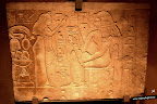 Relieve con escena de libación. Cultura egipcia