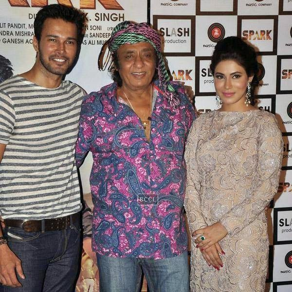 Veteran actor Ranjeet poses with Rajneesh Duggal and Mansha Bahl during the trailer launch of Bollywood movie Spark, held at PVR in Mumbai, on July 21, 2014.(Pic: Viral Bhayani)