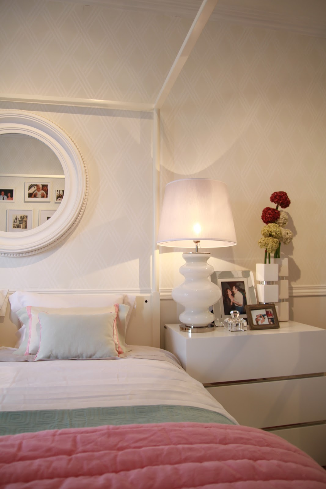 Home Styling Corner Small Bedroom Tips