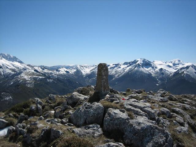 Rutas Montaña Asturias: Cima del Barriscal