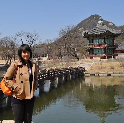 Evelyn Tan