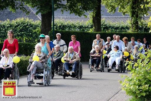 Rolstoel driedaagse 26-06-2012 overloon dag 1 (13).JPG