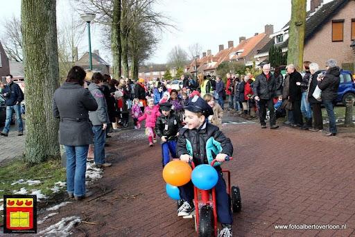 carnavalsfeest op school 08-02-2013 (10).JPG